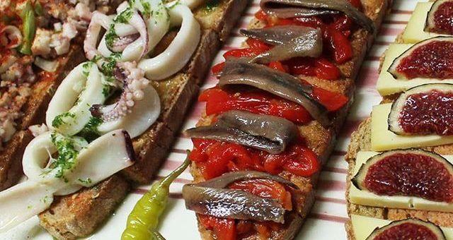 Popular food in Mallorca: pa amb oli